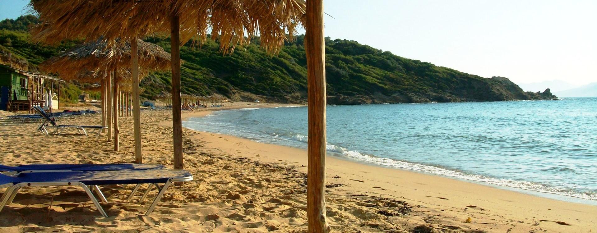 Παραλία Μανδράκι