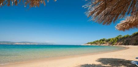 mandraki-beach